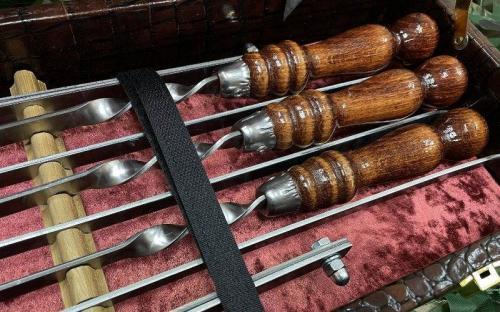 Комплект шампуров из набора
