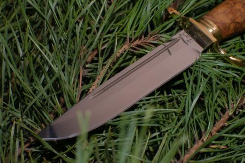 Нож с гардой